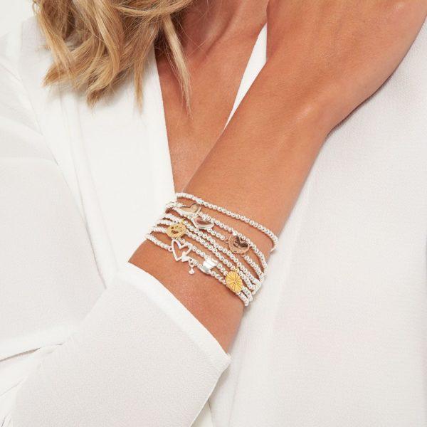 Joma Jewellery a little Bridesmaid Bracelet